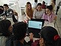 Studenti al lavoro su Wikipedia.jpg