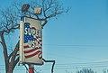 Super USA, North Minneapolis (24768183962).jpg