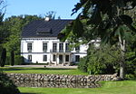 Swedish manor Duveke.jpg