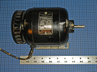 Synchronous motor - Single-phase 60 Hz 1800 RPM synchronous motor for Teletype machine, non-excited rotor type, manufactured from 1930 to 1955.