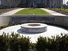 Syracuse University Flight 103 Memorial.jpg