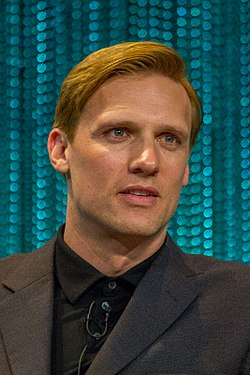 Teddy Sears at PaleyFest 2014.jpg