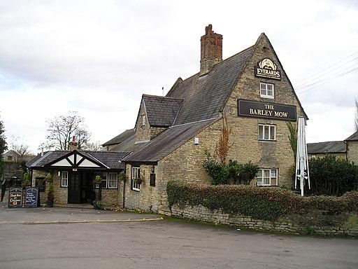 The Barley Mow Pub, Cosgrove (geograph 1694236)