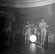 The Ladybirds opptrer i Bergen The Ladybirds performing in Bergen, Norway (1968) (21).jpg