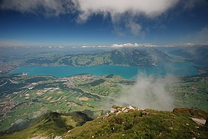 Thunersee, 1800m below (5955697810).jpg