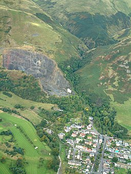 Tillicoultry Quarry and Mill Glen from the air - geograph.org.uk - 94760.jpg