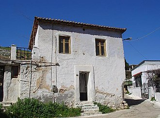 Magoula, Attica - Image: Traditional house in Magoula