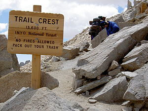 Mount Whitney Trail - Image: Trail Crest on Mount Whitney trail
