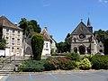 Trie-Château (60), place de l'Église 1.jpg
