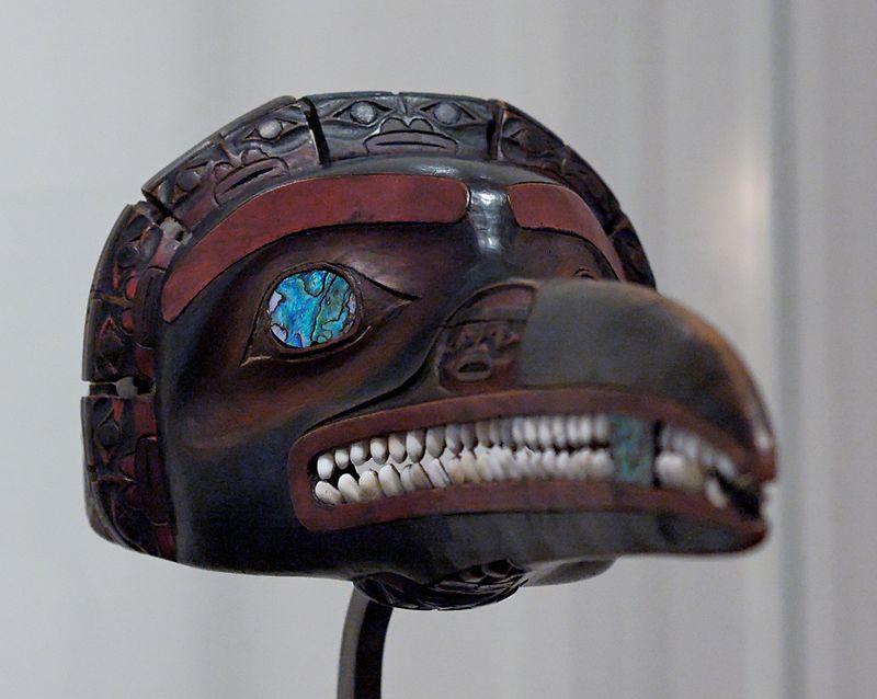 """Maske aus der Sammlung Claude Lévi-Strauss, """"Tsimshian-Maske"""" aus dem Nisga'a-Gebiet am unteren Nass River"""