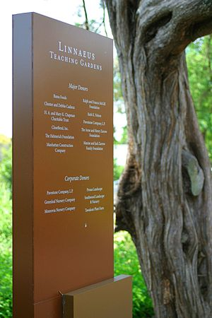 Woodward Park (Tulsa) - Linnaeus Teaching Garden plaque in Woodward Park