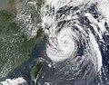 Typhoon Nari 14 sept 2001 0245Z.jpg