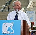 U.S. Senator Joe Leiberman speaks at a 2005 event to keep Alaska wild to save polar bears among other arctic wildlifes.jpg