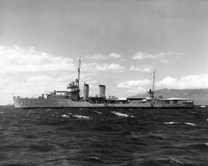 USS Worden (DD-352) at anchor c1938.jpg
