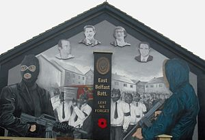 Robert Seymour (loyalist) - Seymour (far left) on a new mural painted at the same location