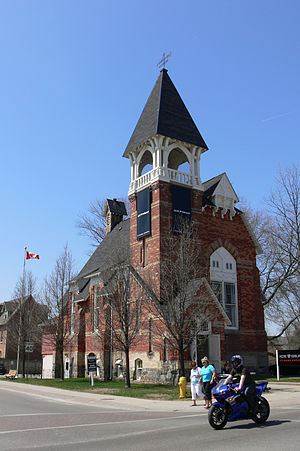 Main Street Unionville - Image: Unionville old church