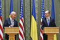 VP Biden and PM Yatsenyuk, Joint Statement, Kyiv, Ukriane, April 22, 2014 (13981134025).jpg