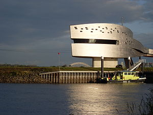 Vessel traffic service - VTS Nijmegen, monitoring the river Waal