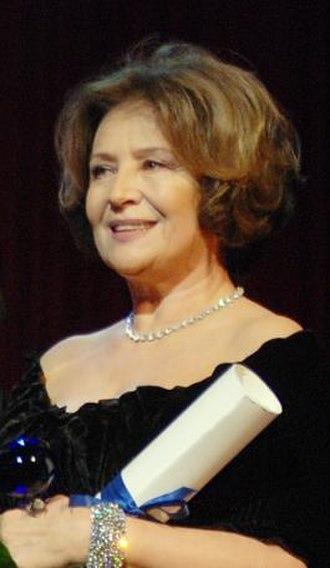 Emília Vášáryová - Vášáryová at the 2011 Bratislavský bál, honored with the Bratislavian Blueberry Award.