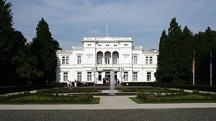 Between 1950 and 1994, Villa Hammerschmidt was the primary official residence of the President of Germany. Today it serves as the President's secondary residence.