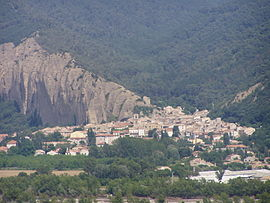 The village of Les Mées, seen from the village of Peyruis