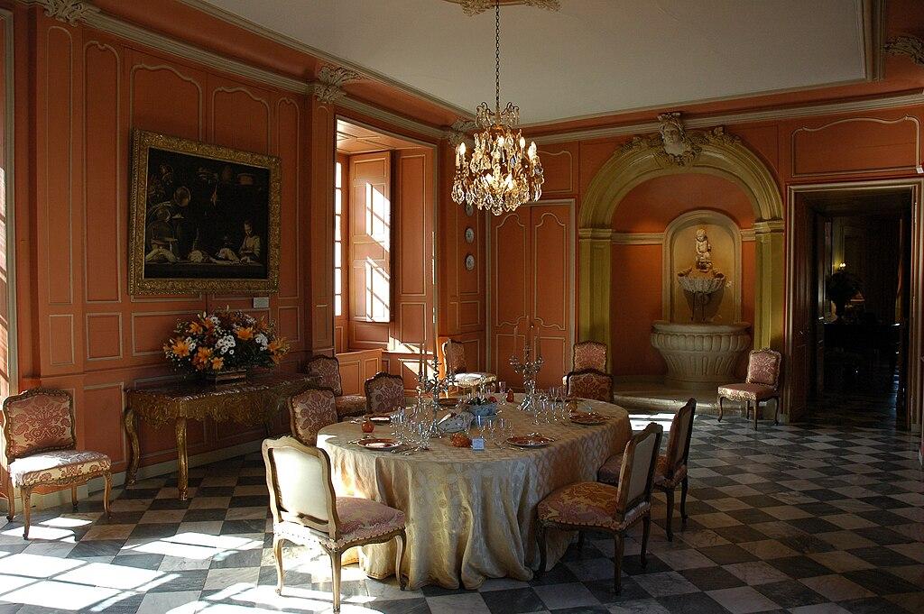 Inside Château de Villandry