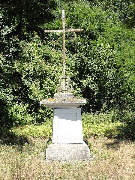 Villers-en-Prayères (Aisne) croix de chemin ouest