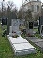 Vinohradský hřbitov - hrob Františka Balátě.jpg