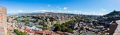 Vista de Tiflis, Georgia, 2016-09-29, DD 31-33 PAN.jpg