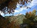 Vue automnale sur le château de Termes (Aude)..jpg