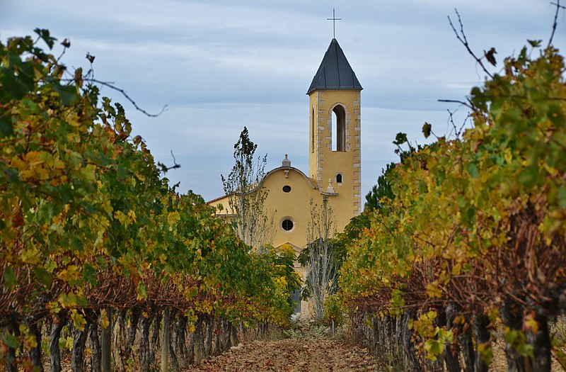 Archivo:WLM14ES - Església de Sant Pere d'Avinyó, Avinyonet del Penedès, Alt Penedès - MARIA ROSA FERRE (1).jpg