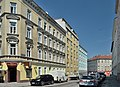 Waldgasse 52-48, Vienna (06).jpg