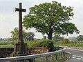 War Memorial, Leaton.jpg