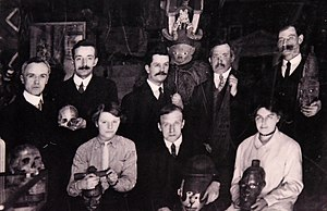 Wellcome Collection - Wellcome Museum staff, c. 1915. Unknown photographer. The Wellcome Collection, London