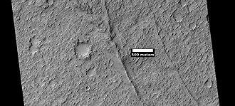 Huygens (crater) - Image: Wikihuygens ESP 036909 1675