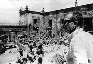 "The Wild Bunch - The director sets up the climactic gun battle sequences at ""Agua Verde"" (the Hacienda Ciénaga del Carmen)."