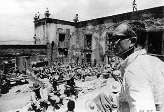 "The Wild Bunch - The director sets up the climactic gun battle sequences at ""Agua Verde"" (the Hacienda Ciénaga del Carmen)."