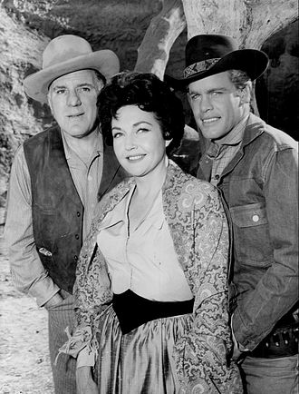 Overland Trail (TV series) - William Bendix, guest star Lynn Bari and Doug McClure, 1960.