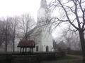 Witte Kerkje en Willibrordusput in de mist.png