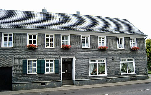 Wohnhaus Hauptstraße 303