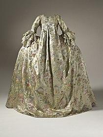 Woman's Robe à la Française, Amsterdam, 1740-1760.jpg
