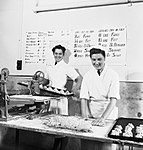 Women's Auxiliary Air Force (WAAF) cooks at work at an RAF station, September 1940. CH6747.jpg