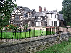 Wyhtenshawe Hall in 2005.jpg