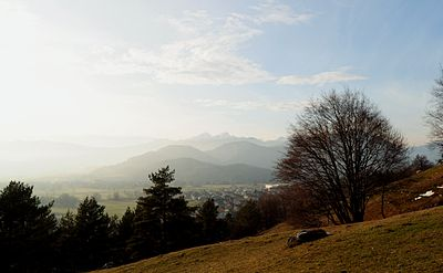 Slika:Zabreznica - view towards Triglav.JPG