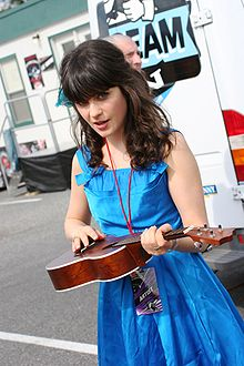 Zooey Deschanel @ Virgin Music Festival 01.jpg