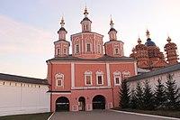 Брянск Свенский монастырь Церковь Сретения Господня.JPG
