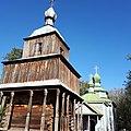 Дзвіниця Троїцької церкви села Бушеве.jpg