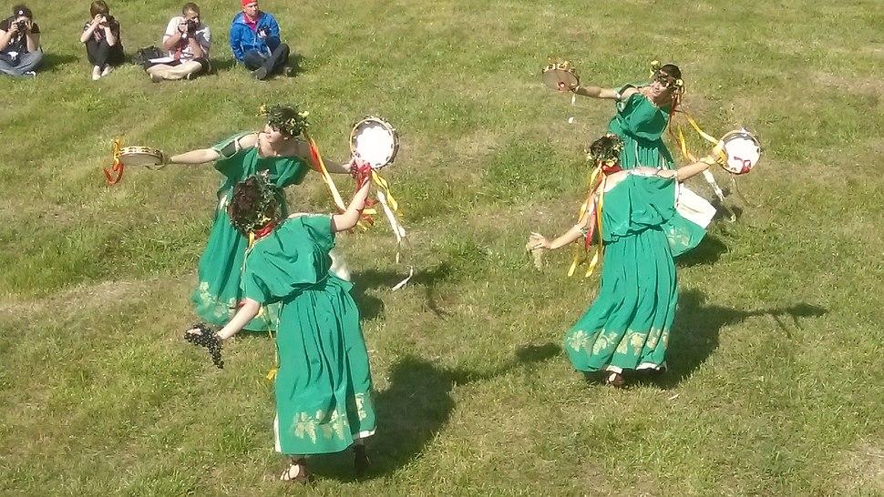 Римски фолклорен танц 02