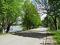 Улица вдоль озера (2) - panoramio.jpg