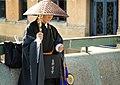 06 Monjo captaire al pont de Shijo (Kyoto).jpg